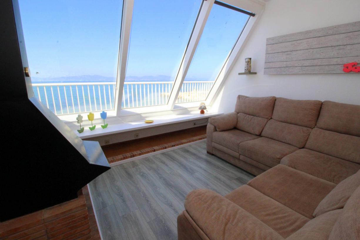 Apartament -                                       El Cargol -                                       3 dormitoris -                                       5 ocupants